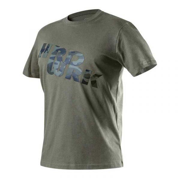 CAMO majica kratkih rukava S-XXL NEO (81-612) je maslinasto zelene boje i jedinstvenog maskirnog uzorka.